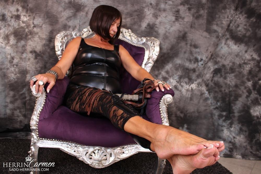 Strict foot mistress-6162