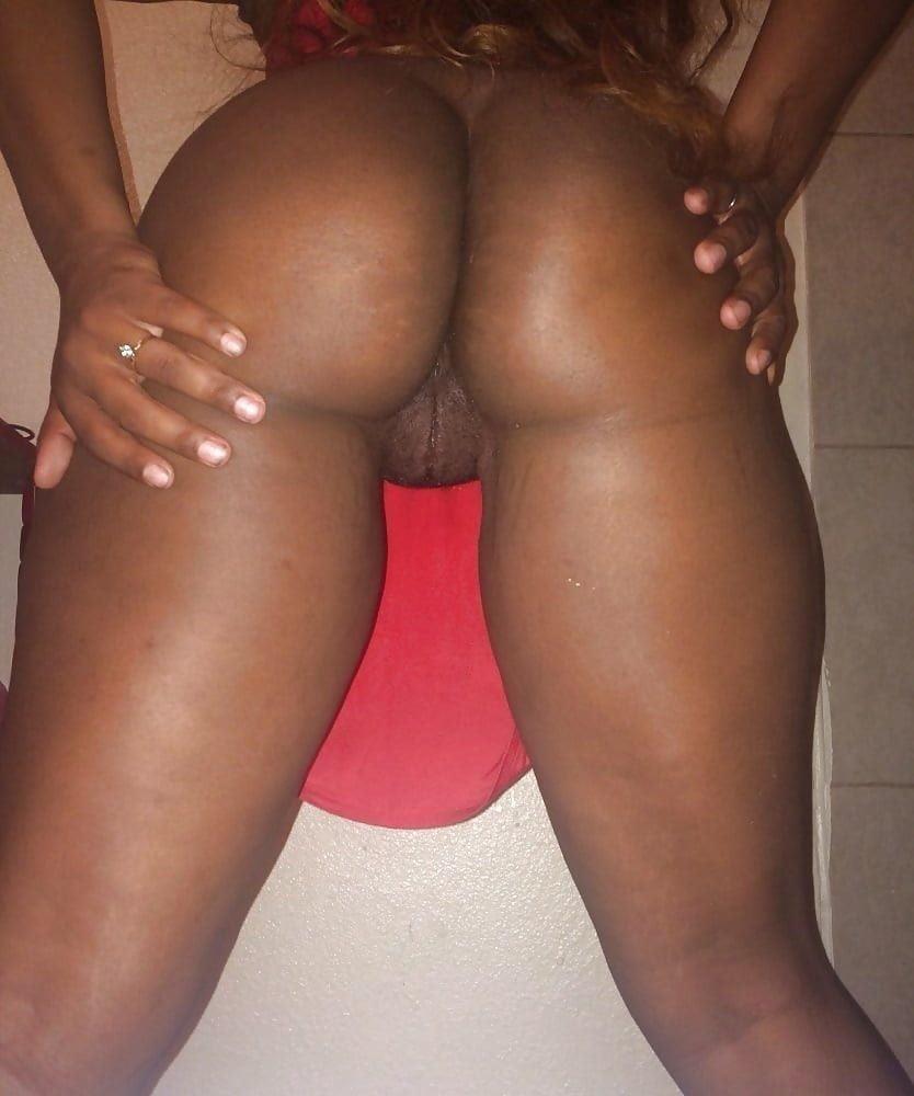 Plug anal girl-8425