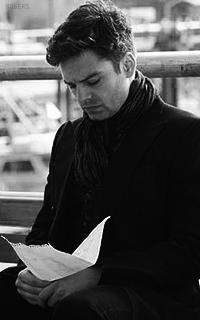 Sebastian Stan 3ErnlLKH_o