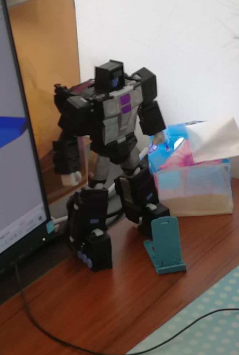 [X-Transbots] Produit Tiers - Jouets Berserkars forme Monolith (MX-XIII à MX-VII) - aka Stunticons forme Menasor/Menaseur - Page 6 RsAeMnZ3_o