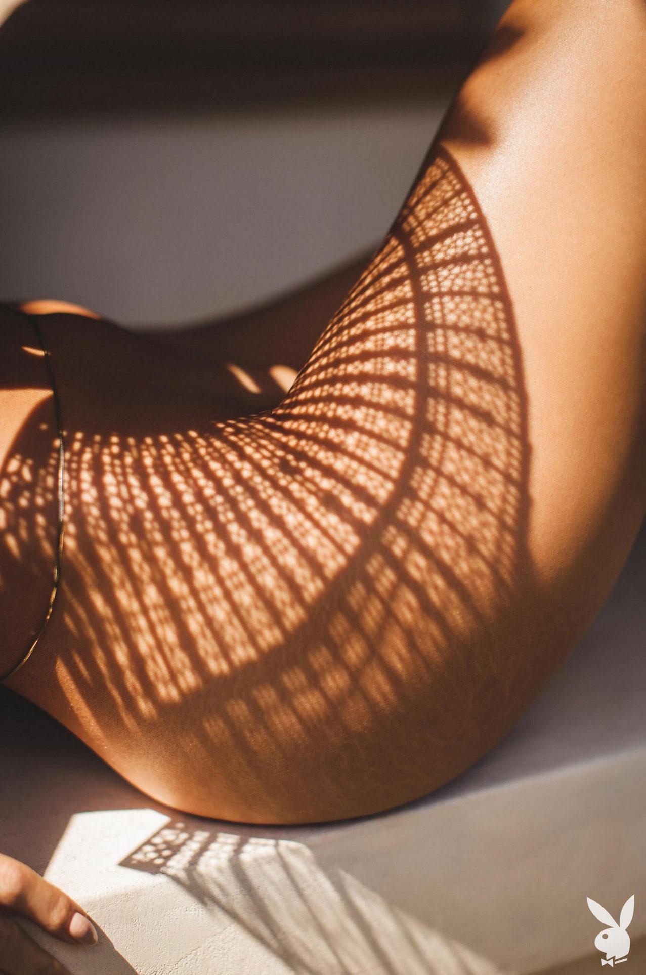Девушка месяца Даниэлла Алькараз, Playboy США сентябрь 2020 / фото 10