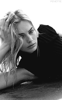 Margot Robbie Ls1lUDiG_o