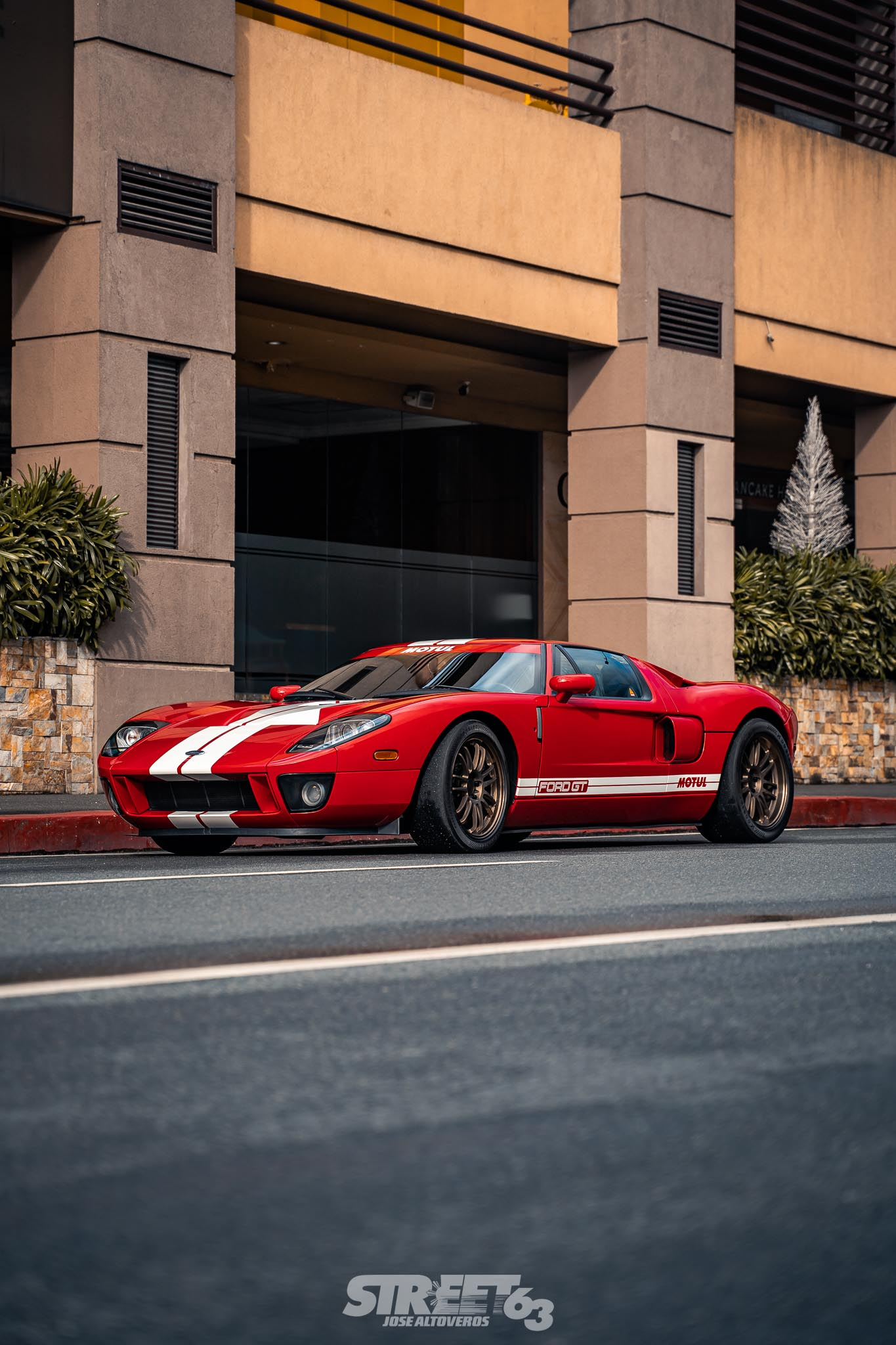 **Top Speed Legacy:** The Autoplus Ford GT