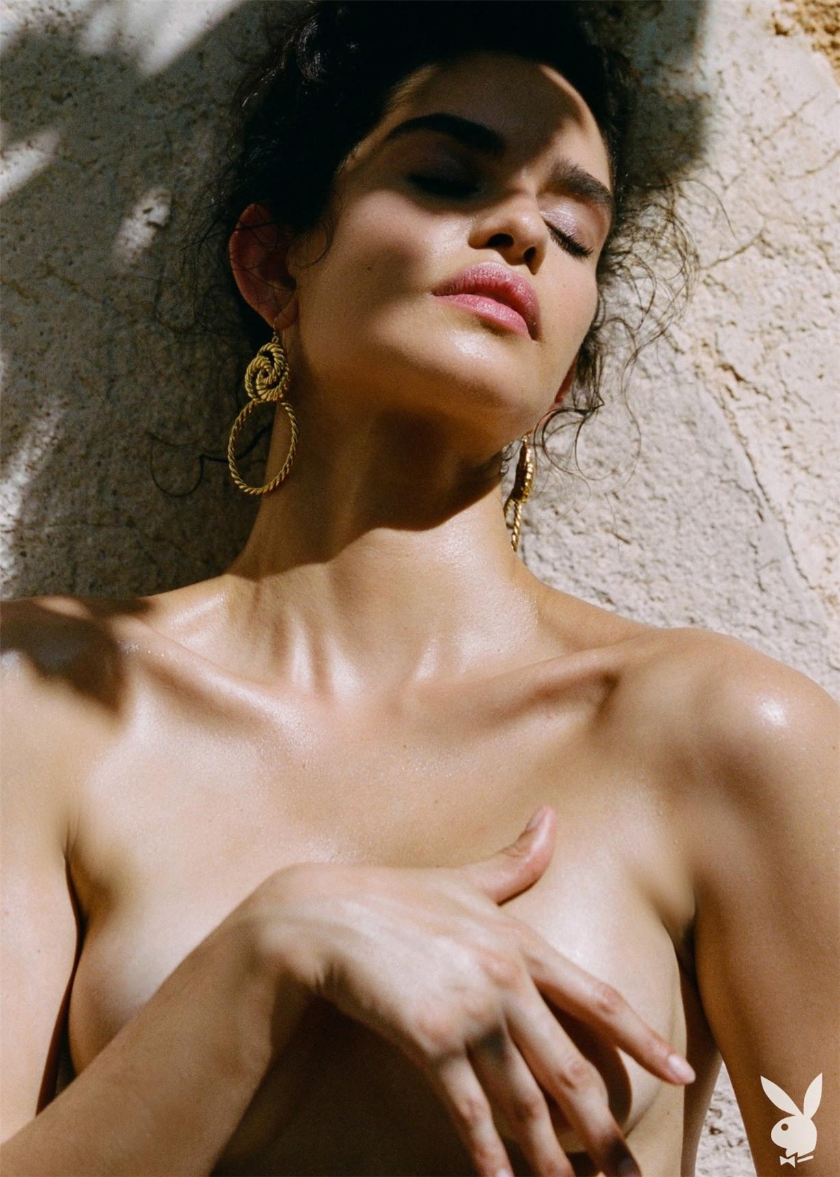 Путешествие по Европе сексуальной Хильды Диас Пиментель - Девушки месяца американского Плейбой, октябрь 2019 / фото 20