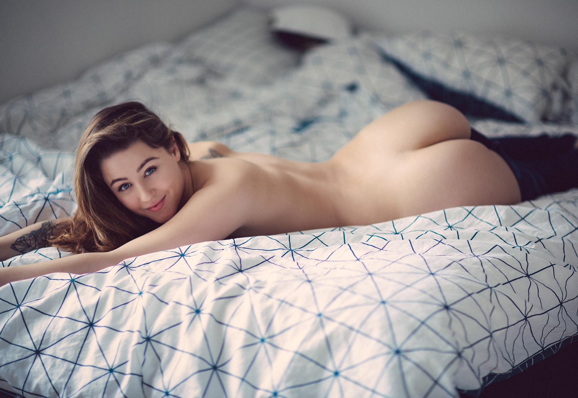 Yasmina Alexandra nude by Thomas Agatz