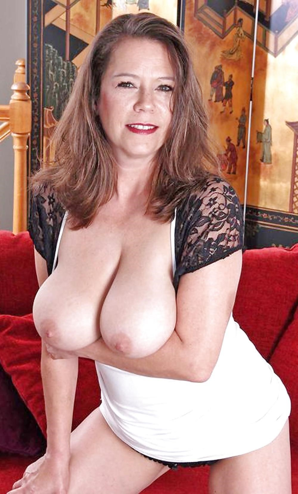 Real mature nudes-9604