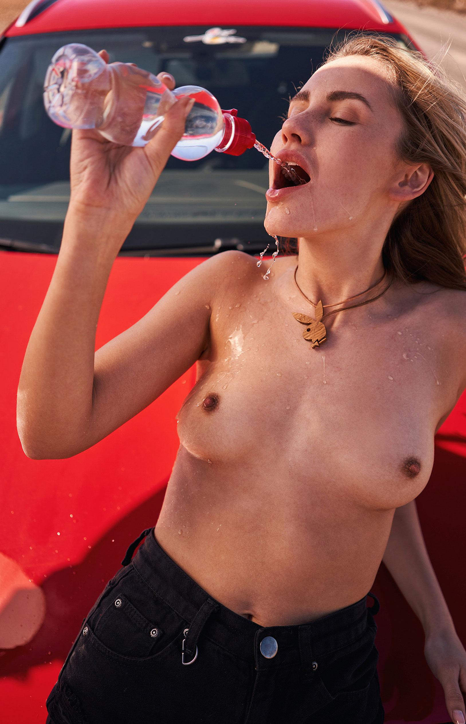 Девушка месяца немецкого Playboy Джессика Уитман / фото 23