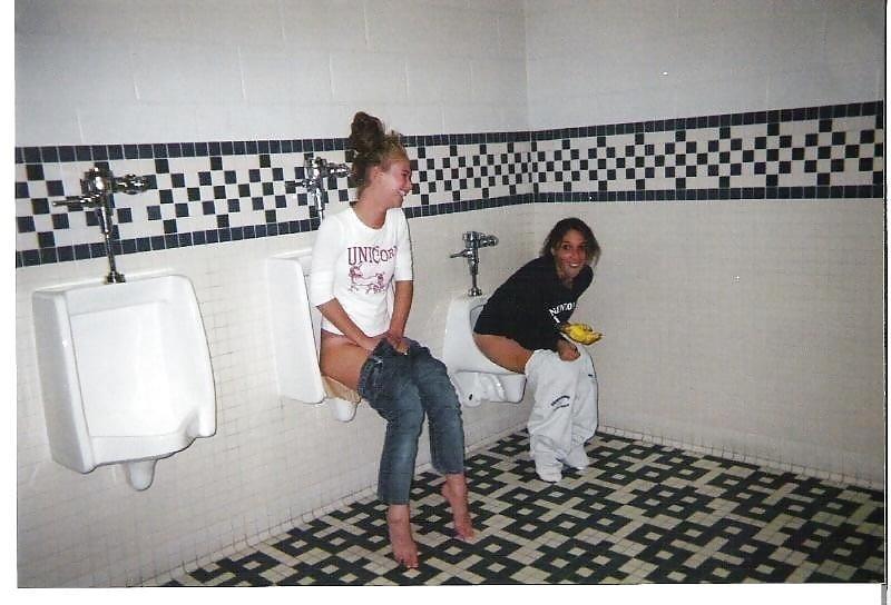 Men having sex in public toilets-5169