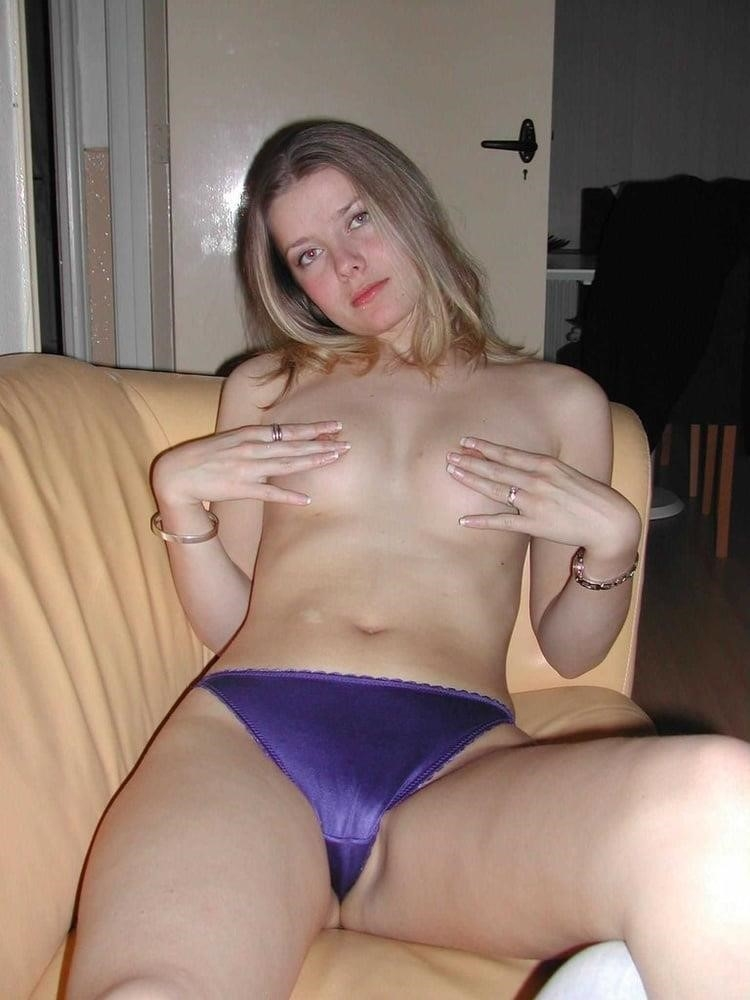Young blonde milf-1352