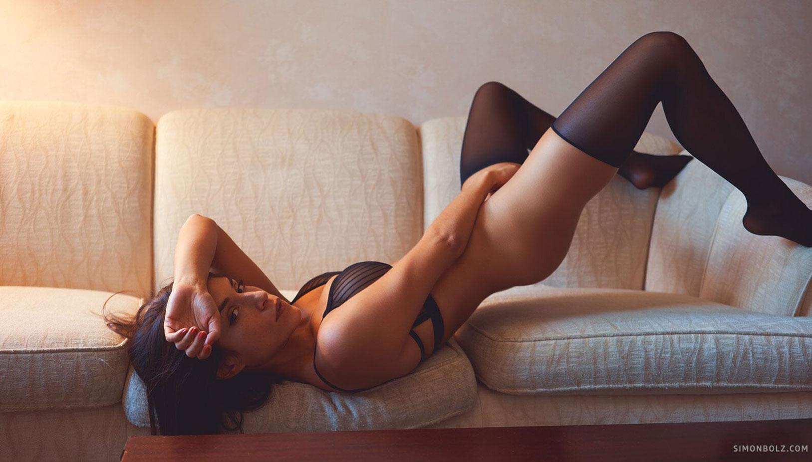 Сильвия Лорем в сексуальном черном нижнем белье / фото 07