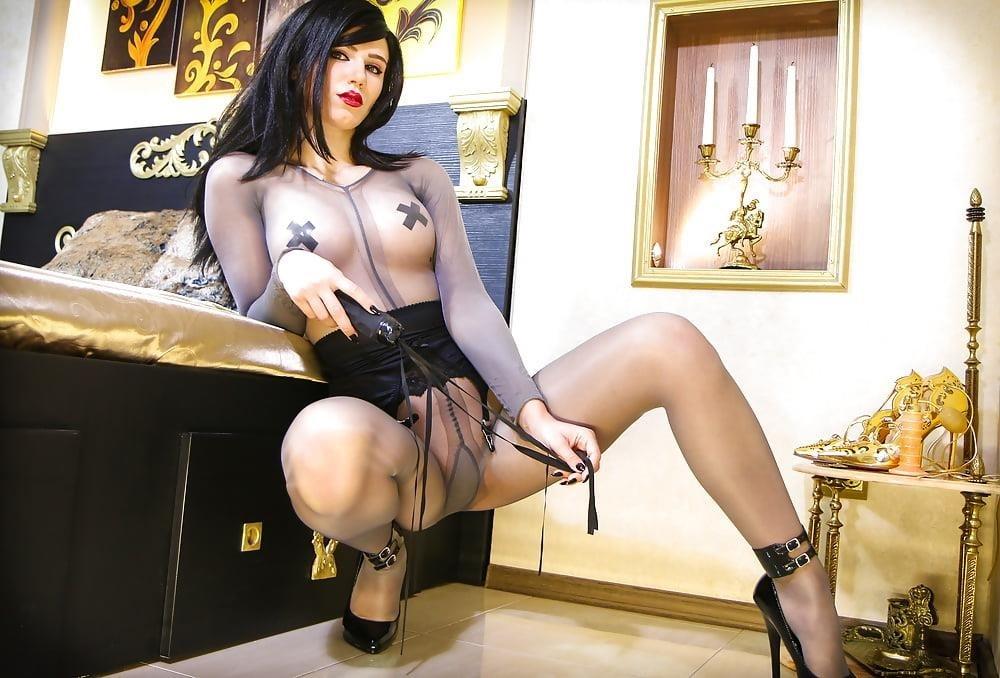 Foot nylon mistress-6074
