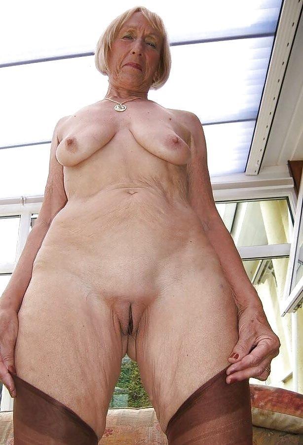 Older women nude beach-2759