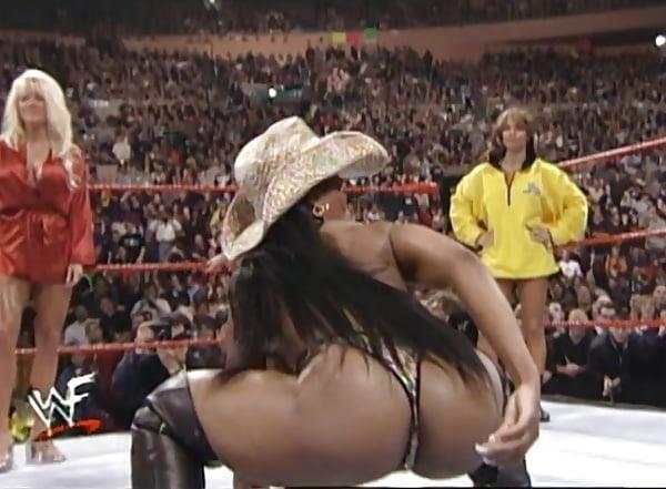 Nude pics of female wrestlers-6544