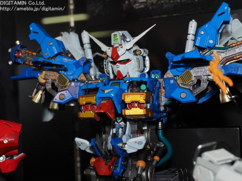 Nu Gundam Bust Display (Formania EX / Bandai) - Page 3 YTOfoaMr_o