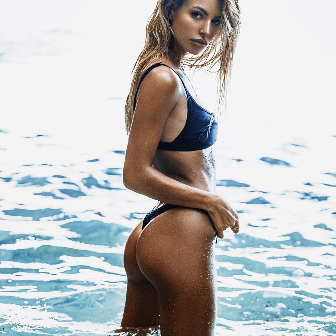 Jessica Goicoechea by Kesler Tran - Fae Swim spring-summer 2018 / Deseo