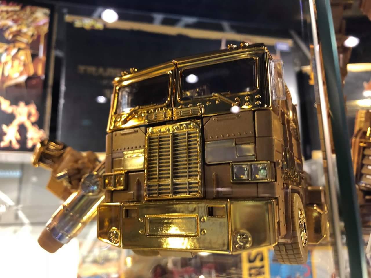 [Masterpiece] MP-10B | MP-10A | MP-10R | MP-10SG | MP-10K | MP-711 | MP-10G | MP-10 ASL ― Convoy (Optimus Prime/Optimus Primus) - Page 6 SxCmwYbU_o