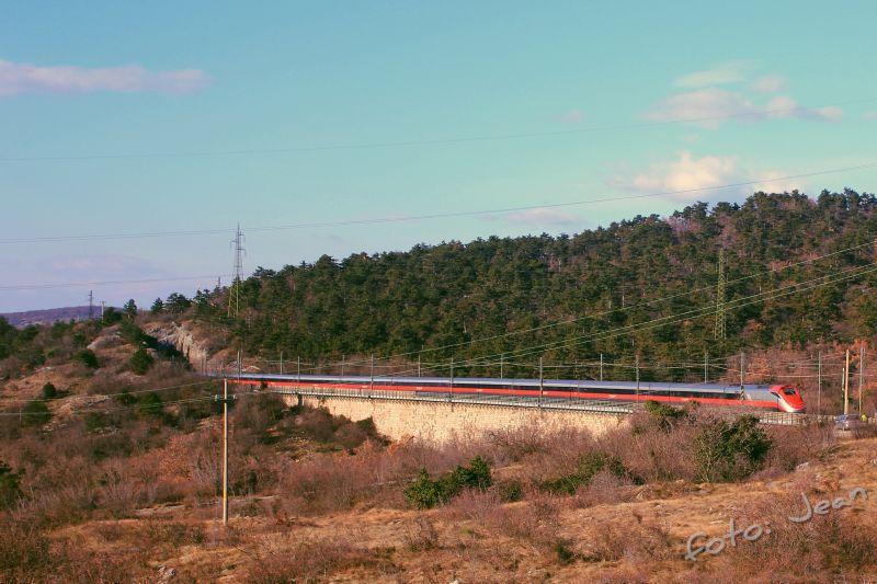 Talijanske željeznice - Rete Ferroviaria Italiana (Trenitalia, Trenord, Ferrovie Emiliane-Romagne,.....) - Page 6 XNrlSEzd_o