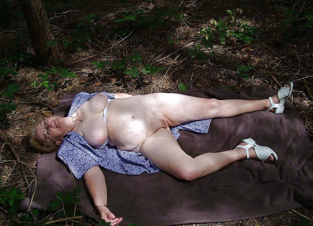 Chubby mature granny-4551