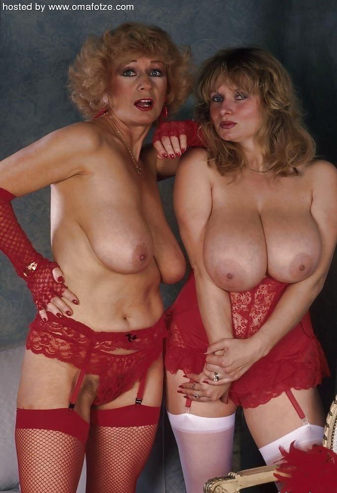 Granny lesbian porn pictures-6058