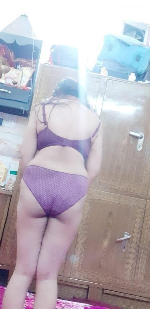 Beautiful girl nude selfie-1319