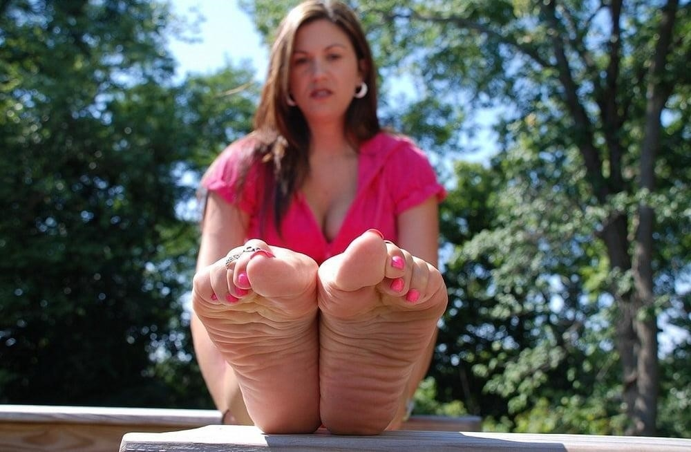 Mature foot fetish pics-5821