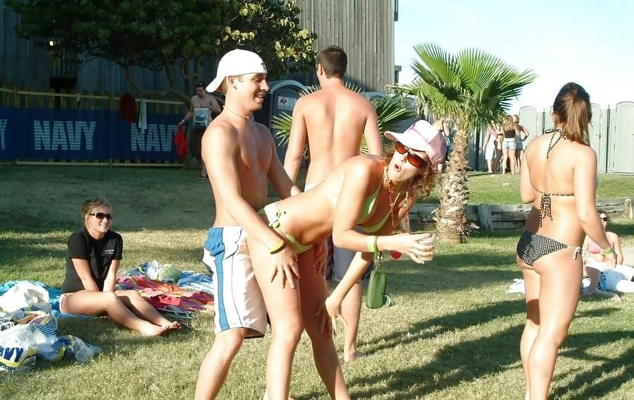 Nude spring break beach-9076