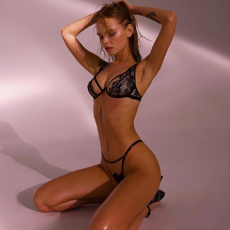 Анастасия Щеглова в сексуальном нижнем белье God Save Queen / фото 05