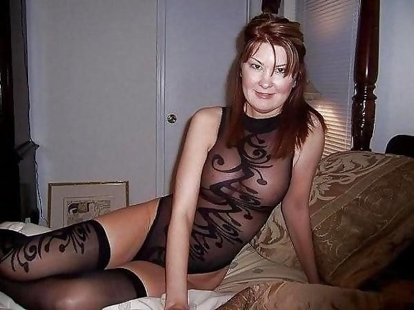 Naked mature women in stockings-1283