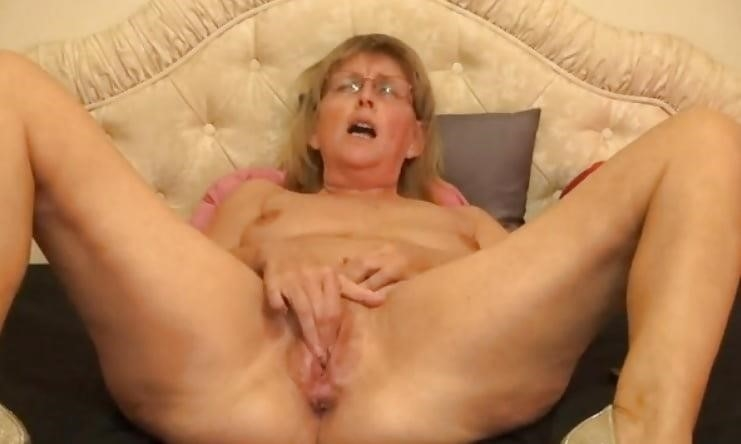 Women having orgasm sex-1058