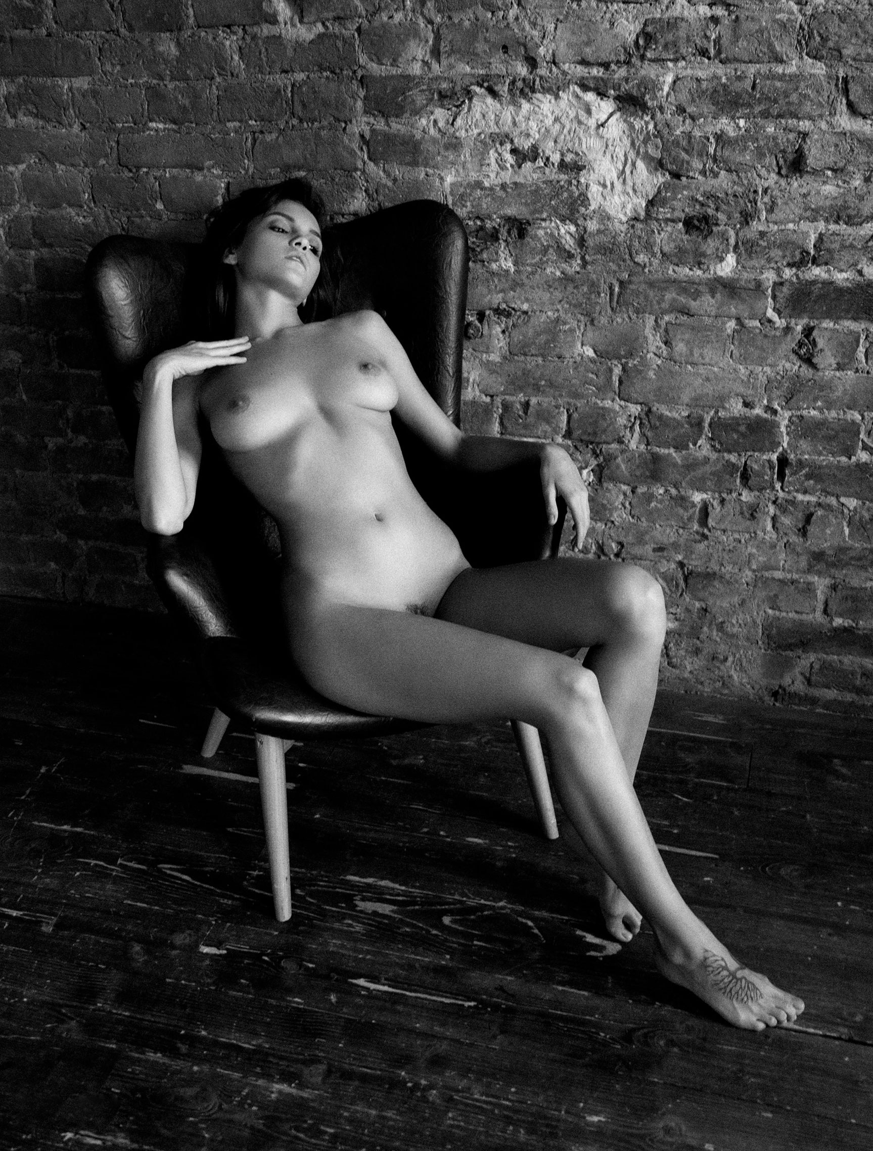 Oh what a woman / Maria Demina nude by Alexander-Maximilian Herman