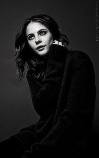 Willa Holland B7WlhV16_o