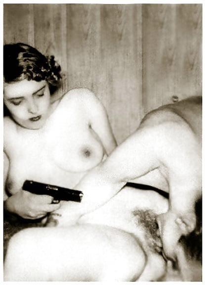 Lesbian sex cunnilingus-1031