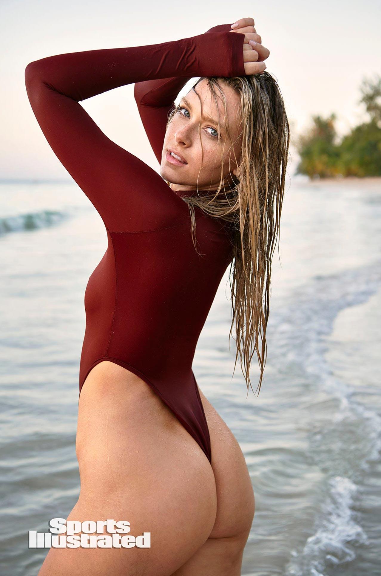 Камилла Костек в каталоге купальников Sports Illustrated Swimsuit 2020 / фото 18