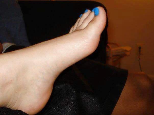 Nylon feet arab-7729