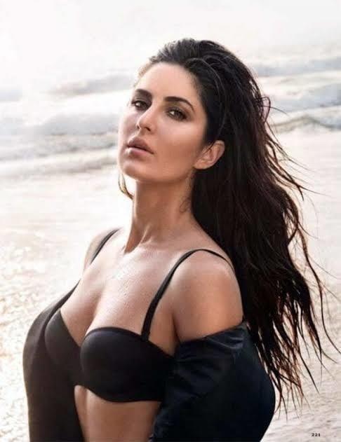 Katrina kaif sexy big boobs-8132