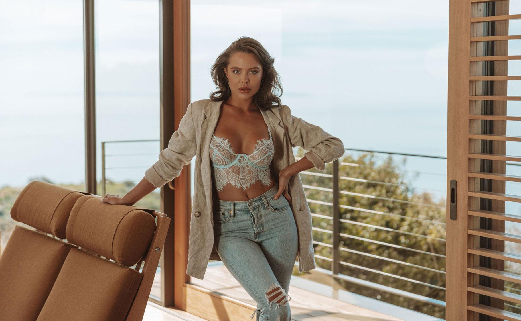 Мара Тиген в нижнем белье и купальниках модного бренда Gooseberry Intimates / фото 16