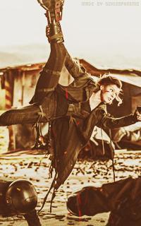 Milla Jovovich 2rI6ocPV_o