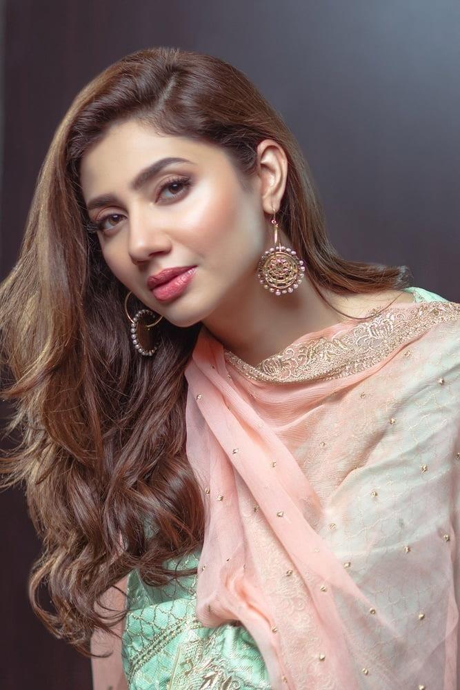 Mahira khan sexy photos-2671