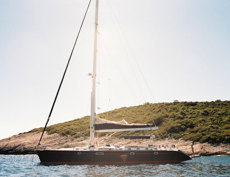 Отдыхаем на пляжах Хорватии с фотомоделью Мэдисон Хедрик / фото 04