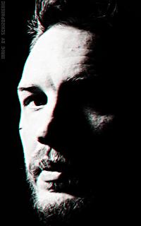 Tom Hardy Pwl4FWJr_o