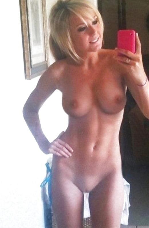 Big tits nude selfie-5326