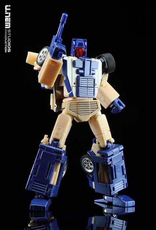 [X-Transbots] Produit Tiers - Jouets Berserkars forme Monolith (MX-XIII à MX-VII) - aka Stunticons forme Menasor/Menaseur - Page 2 KfqPNJv6_o