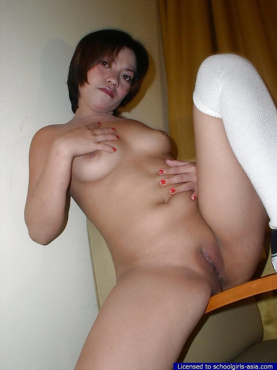 Asian schoolgirl kissing-2265