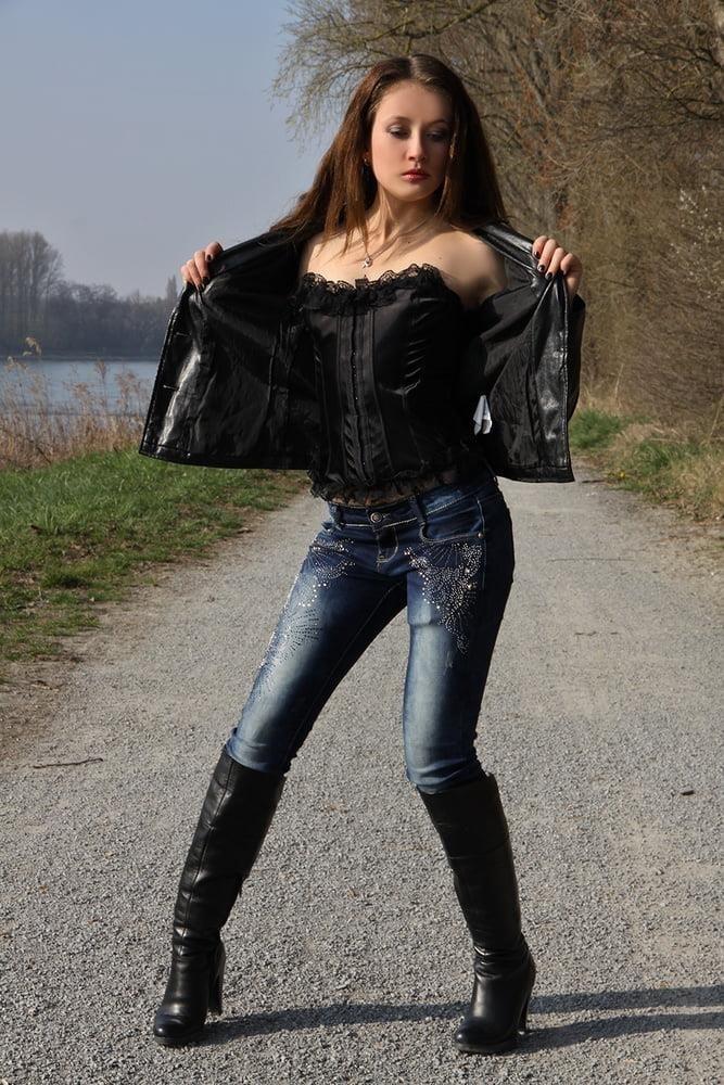 Divided jean jacket-5872