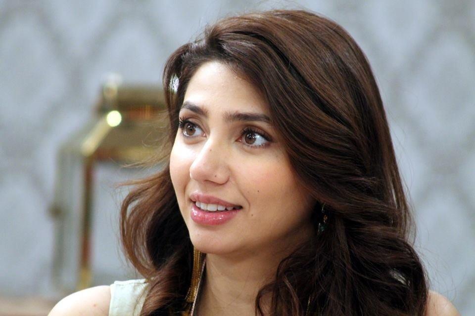 Mahira khan sexy photos-9241