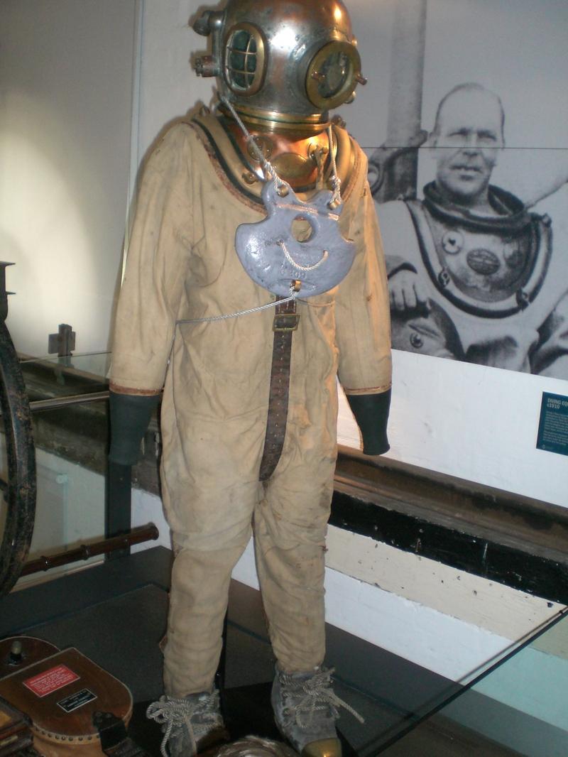 водолазный костюм фото современный дизайн вашему