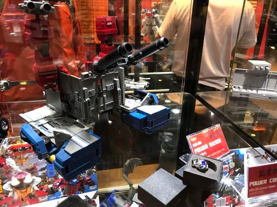 [FansHobby] Produit Tiers - MB-06 Power Baser (aka Powermaster Optimus) + MB-11 God Armour (aka Godbomber) - TF Masterforce - Page 2 War0tv8h_o