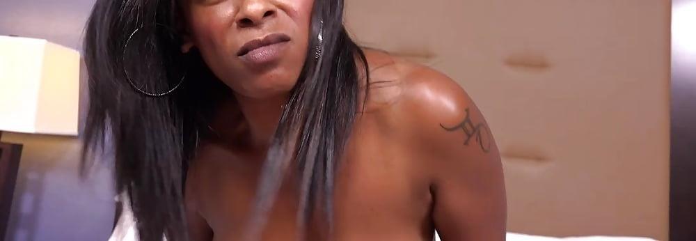 Big black mom booty-8746