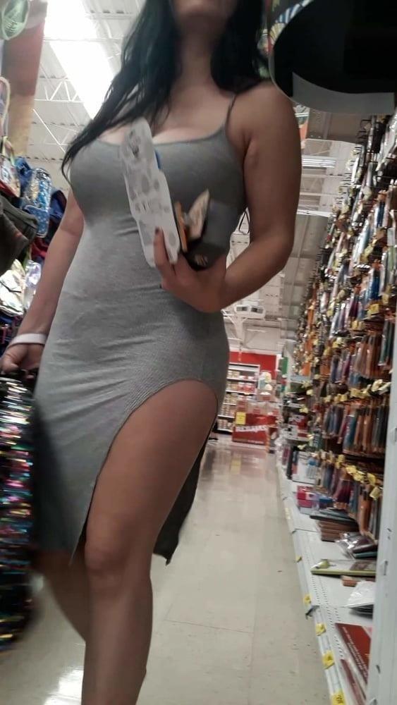 Public big booty-9787