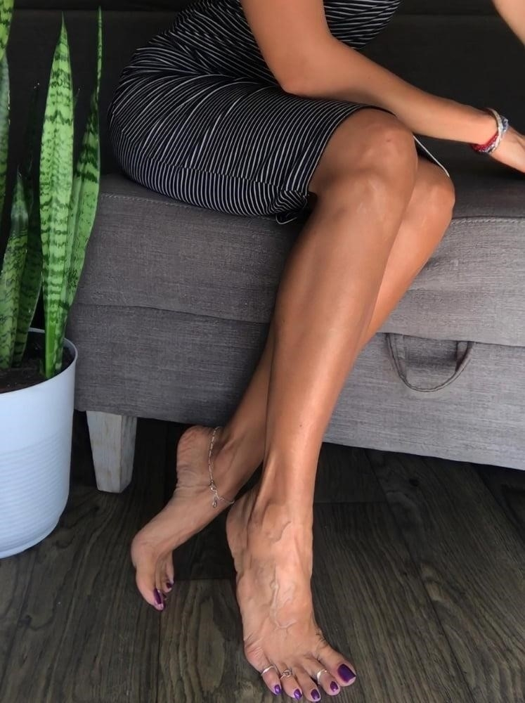 Hot feet domination-9424